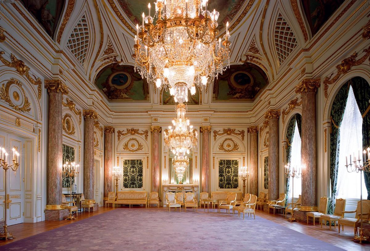 同館で最も格式が高いとされる部屋「朝日の間」改修前の画像(提供=内閣府迎賓館)