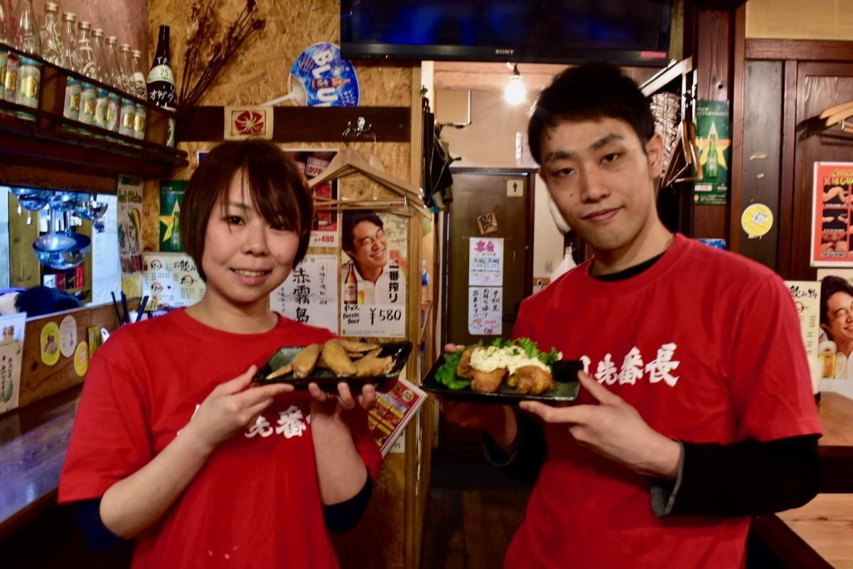 マネージャーの中村佳楠子さん(左)と代表マネージャーの高野哲さん(右)