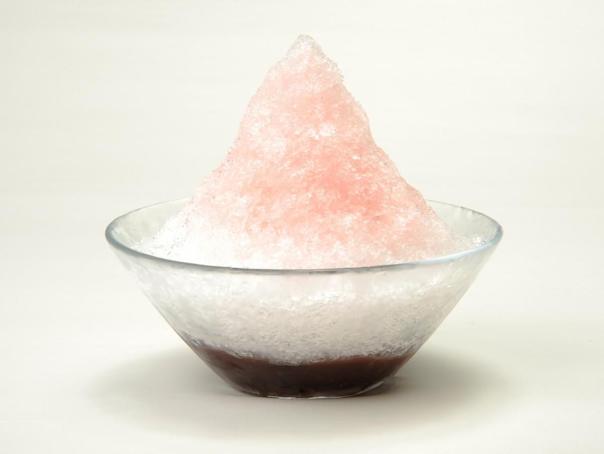 新作のかき氷「梅氷 露茜」は7月限定での販売