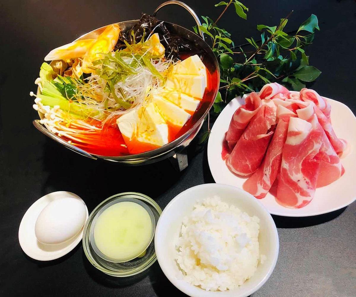 「豚肉火鍋」
