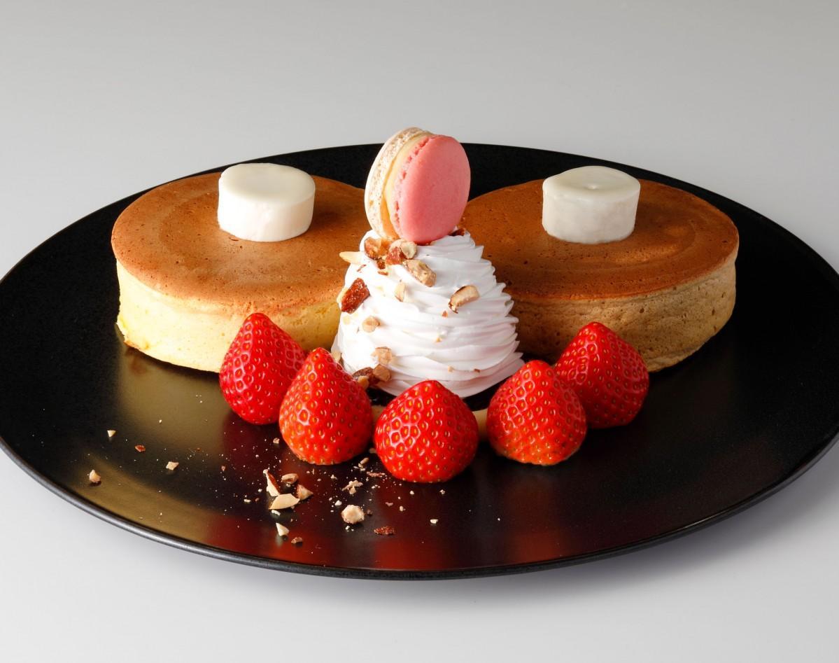 コーヒーショップ「SATSUKI」の「あまおうパンケーキ」