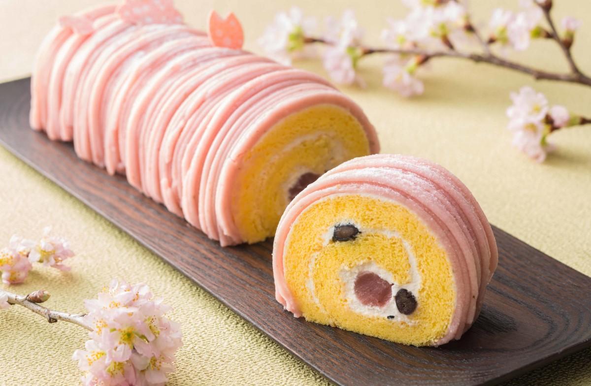 テークアウト向けの「桜のロールケーキ」