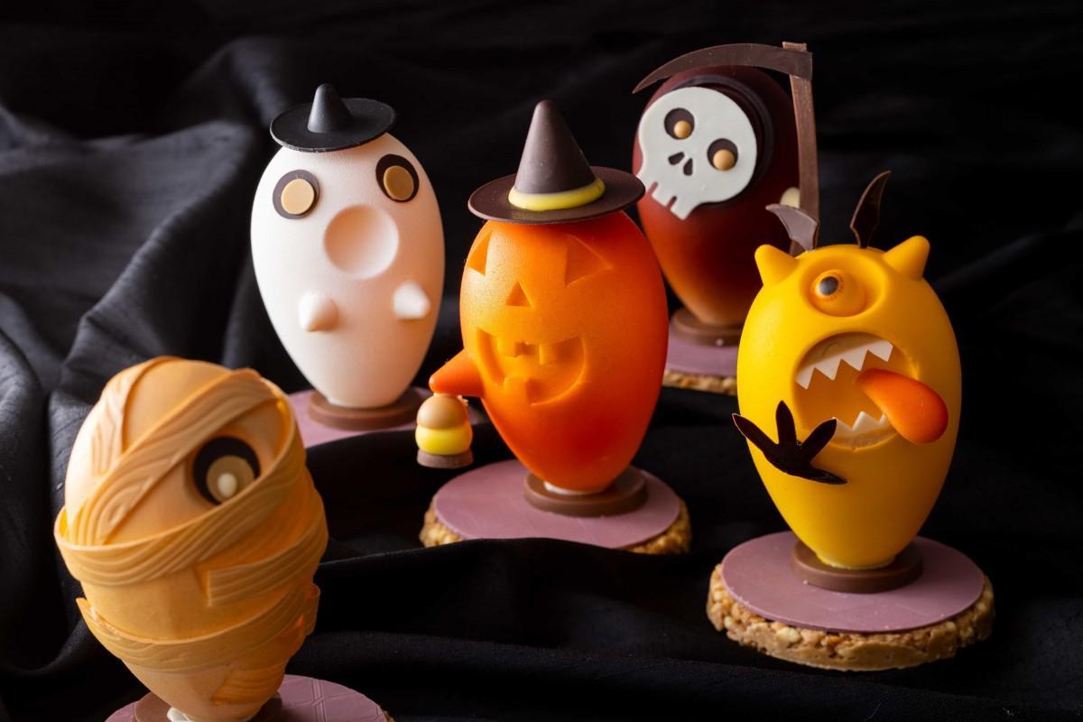 「ハロウィンショコラ」(画像手前から)「マミー」(中・右から)「アーリマン」「ジャック・オー・ランタン」「ファントム」(奥)「スカル」