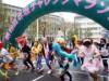 赤坂で今年も「チャレンジマラソン」 マック赤坂さんも仮装して参加