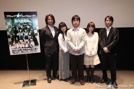 画像=左から安藝さん、沢城さん、吉岡さん、花澤さん、山本さん