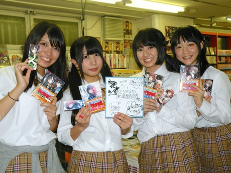 左から木野双葉さん、新田ひよりさん、花守ゆみりさん、植田ひかるさん