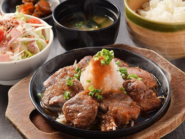 「ビーフカットステーキ定食」(1,078円)