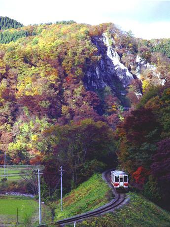お座敷列車で「内陸線体験乗車会」-秋田内陸縦貫鉄道の存続支援で