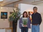 秋田で写真と絵本原画の二人展-「茅葺き屋根・しあわせ」テーマに