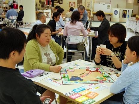 秋田市で開催された「モノポリー日本選手権・東北大会」の様子