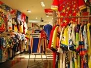 秋田にスポーツファッション専門店-輸入サイクルジャージー充実