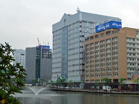 「秋田県中央男女共同参画センター」が入居するビル「アトリオン」