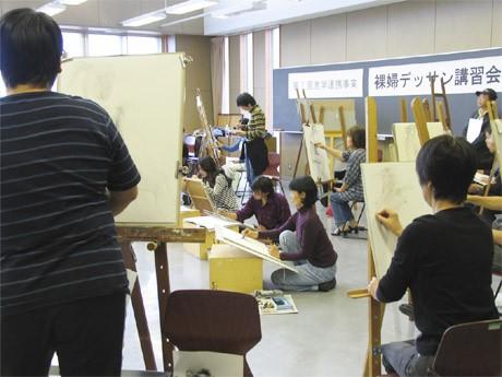「裸婦デッサン講習会」の様子(昨年)