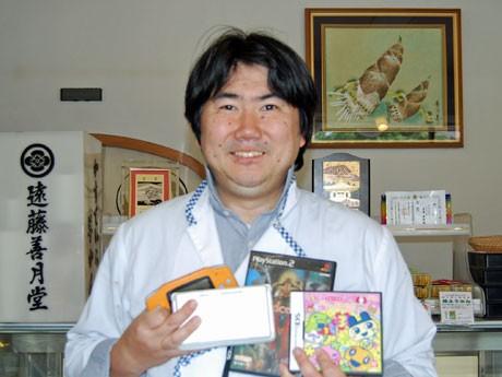 被災地の子ども向けゲーム機を募集する秋田市の遠藤善衛さん