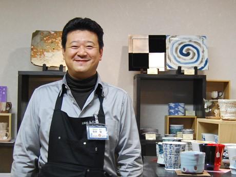 東日本大震災の被災地向け「毛布」の提供を呼び掛ける秋田市の青井智さん