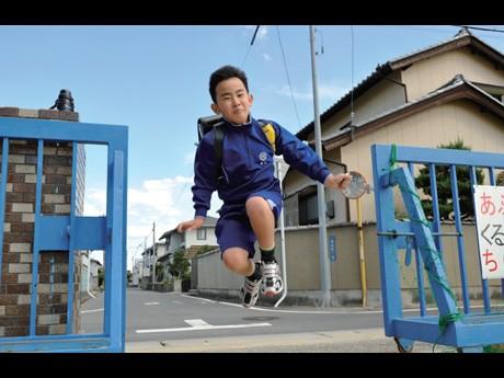 秋田市で開催予定のワークショップで講師を務める写真家・浅田政志さんの作品 © 浅田政志