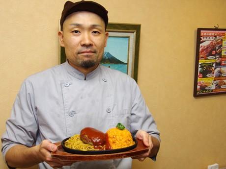 トルコライス人気を盛り上げる秋田市内の洋食店「ポッポ」店主の金野清隆さん