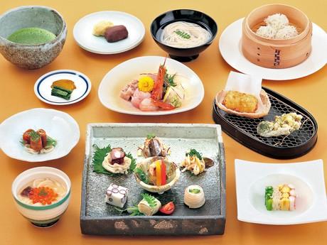 秋田県産の食材にこだわった「春の稲庭うどん会席」