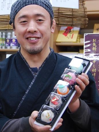 「和菓子の素材で『洋』を表現することにこだわる」と話す和菓子店店主の後藤誠一さん