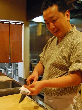 日本料理「たかむら」(秋田市大町1)の高村宏樹さん