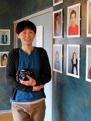 秋田市在住の写真家・高橋希さん