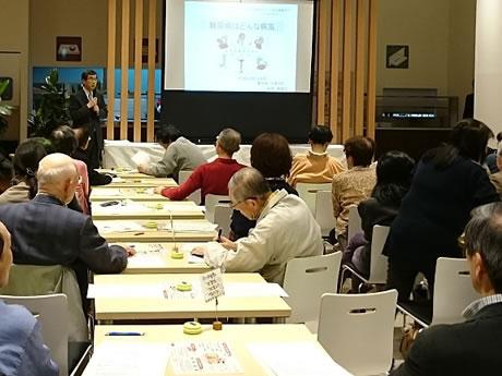 秋田市の「あきたタニタ食堂」で行われている「健康カフェ」の様子