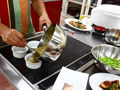 規格外野菜などを食材に使う料理会「サルベージクッキングパーティー」