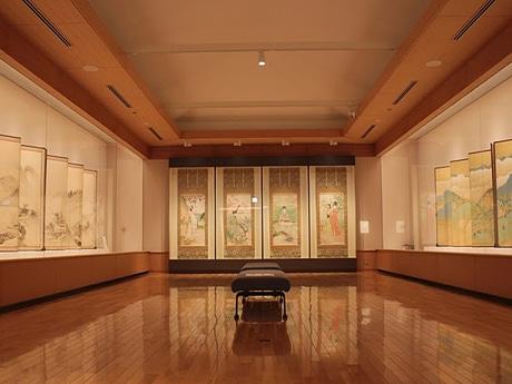 秋田市立千秋美術館で開催中の「生誕150年記念 寺崎廣業展」