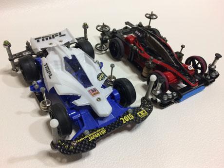モーターと電池で駆動する自動車模型「ミニ四駆」