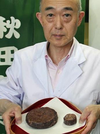 通常の6倍サイズの「きんつば」を作る「旭南高砂堂」店主の塚本高さん