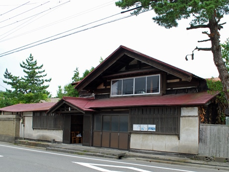 明治時代に築造された町家「渡邉幸四郎邸」(秋田市新屋表町)