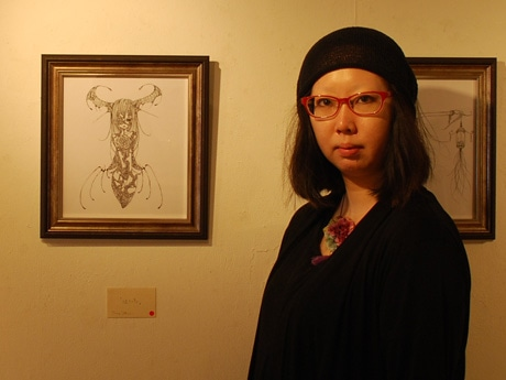 初めて個展を開く秋田市在住のクリエーター・ツクシフカコさん