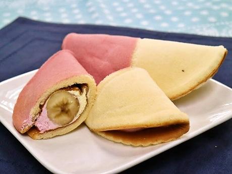 秋田の人気菓子パン「バナナボート」のアレンジ商品「ババヘラボート」