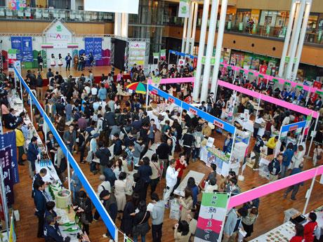 発酵食文化のPRイベント「秋田醸しまつり」会場の様子