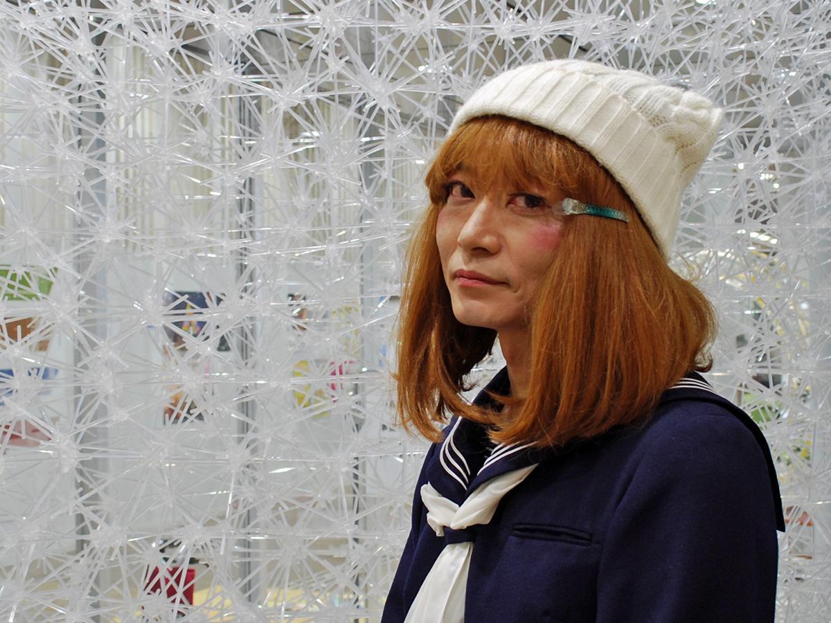 秋田県内で開かれるイベント会場に顔を出す「キャサリン嬢」
