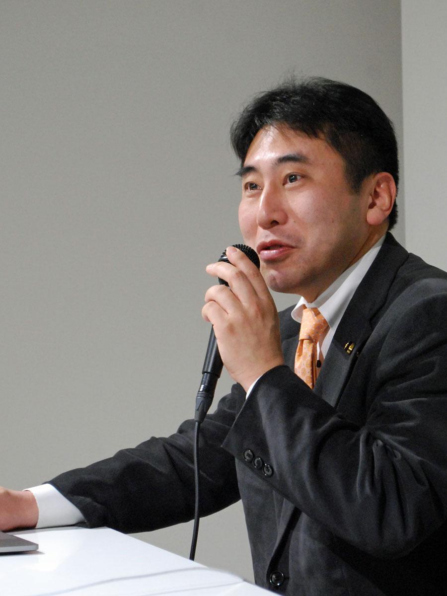 秋田市を拠点に活動する「SiNG(シング)」代表の武内伸文さん