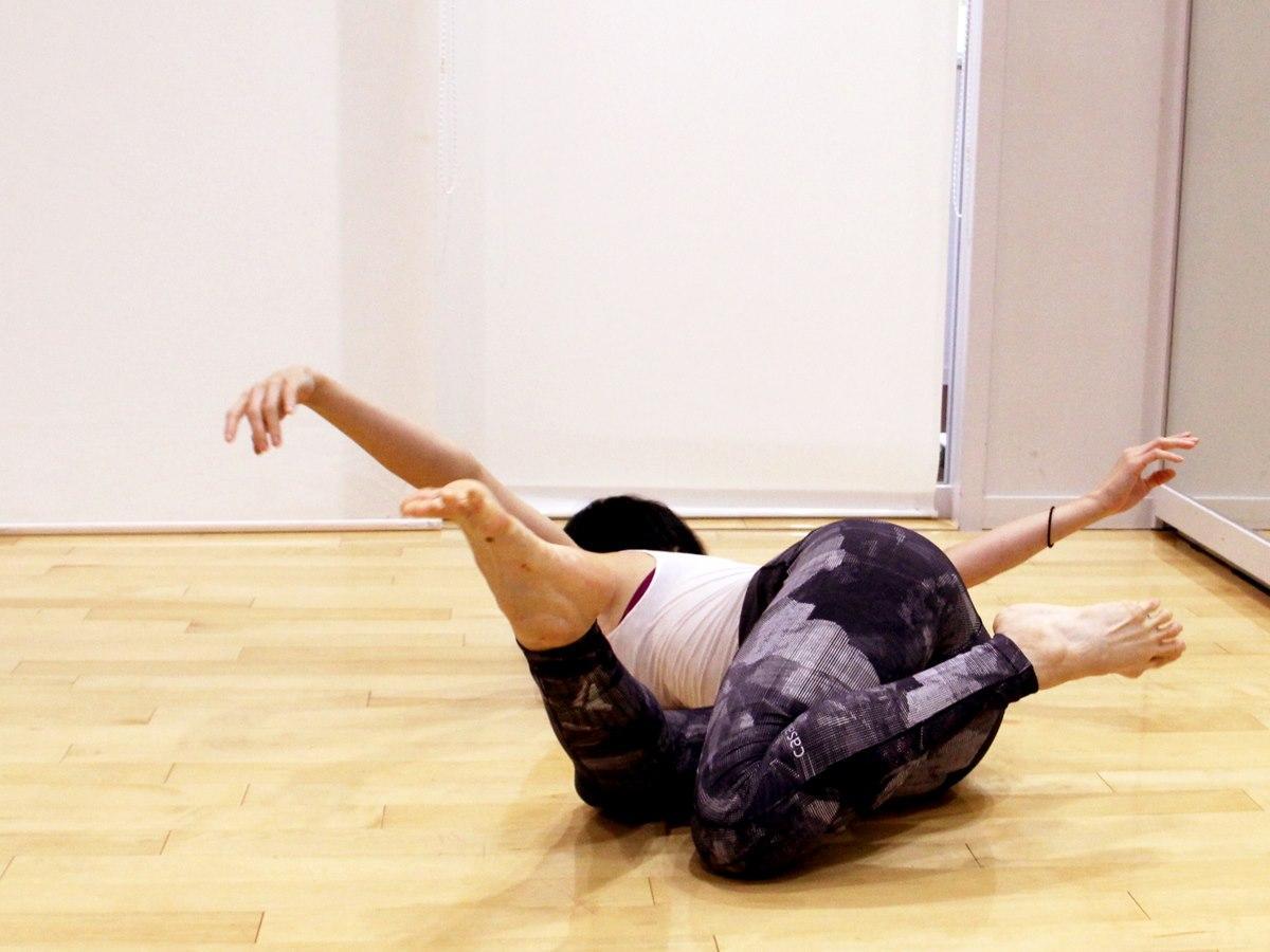 新作の初演へ向けて準備を進めるダンサーで振付家の三東瑠璃さん