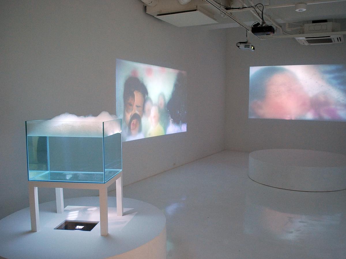 秋田公立美術大学ギャラリー「BIYONG POINT(ビヨンポイント)」に展示された現代美術作品
