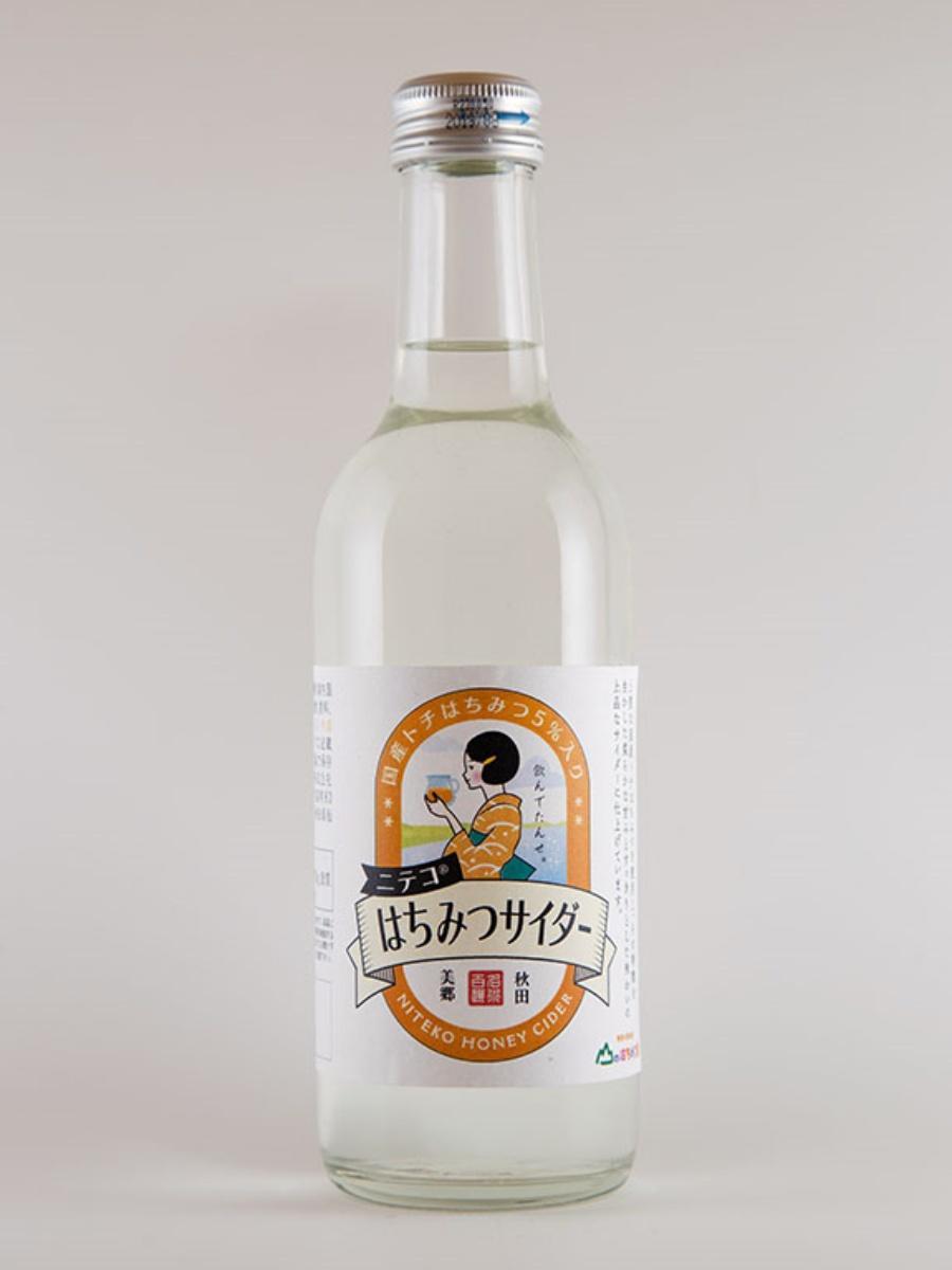 秋田のご当地サイダー「ニテコサイダー」製造元とハチミツ専門店がコラボ開発した「はちみつサイダー」