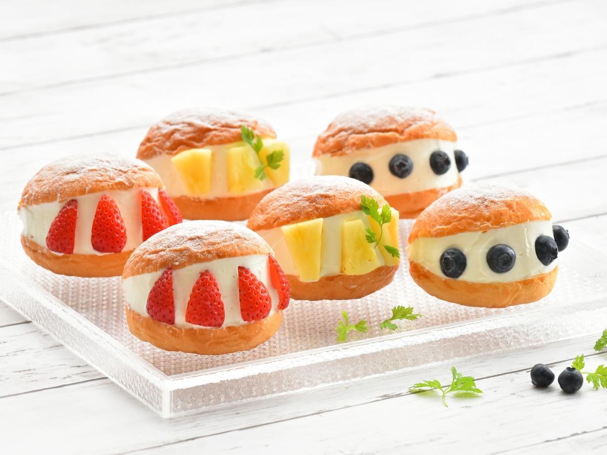 イタリア・ローマの伝統的な菓子「マリトッツォ」(写真は、秋田キャッスルホテル内で販売する月替わりマリトッツォ)