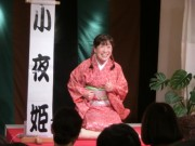 尼崎で「英語落語会」 古典落語の英語版をジェスチャーなどでわかりやすく