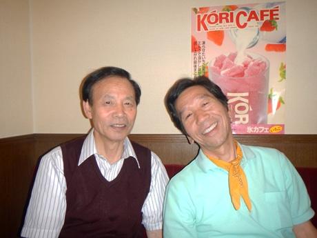 「パパー喫茶」の上田さん(左)と「こんぴらさん」の武内さん