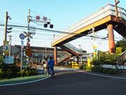 尼崎の「七ツ松」「三反田」2踏切で四輪車通行禁止 混雑解消でより安全に