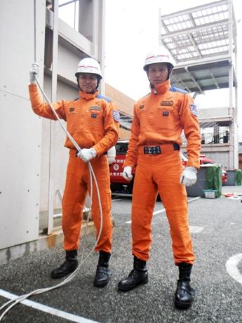 全国大会に出場した濱田さん(右)と竹中さん