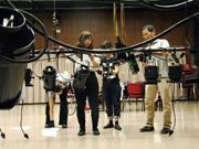 尼崎の舞台技術学校でオープンキャンパス 舞台美術・照明・音響を体験