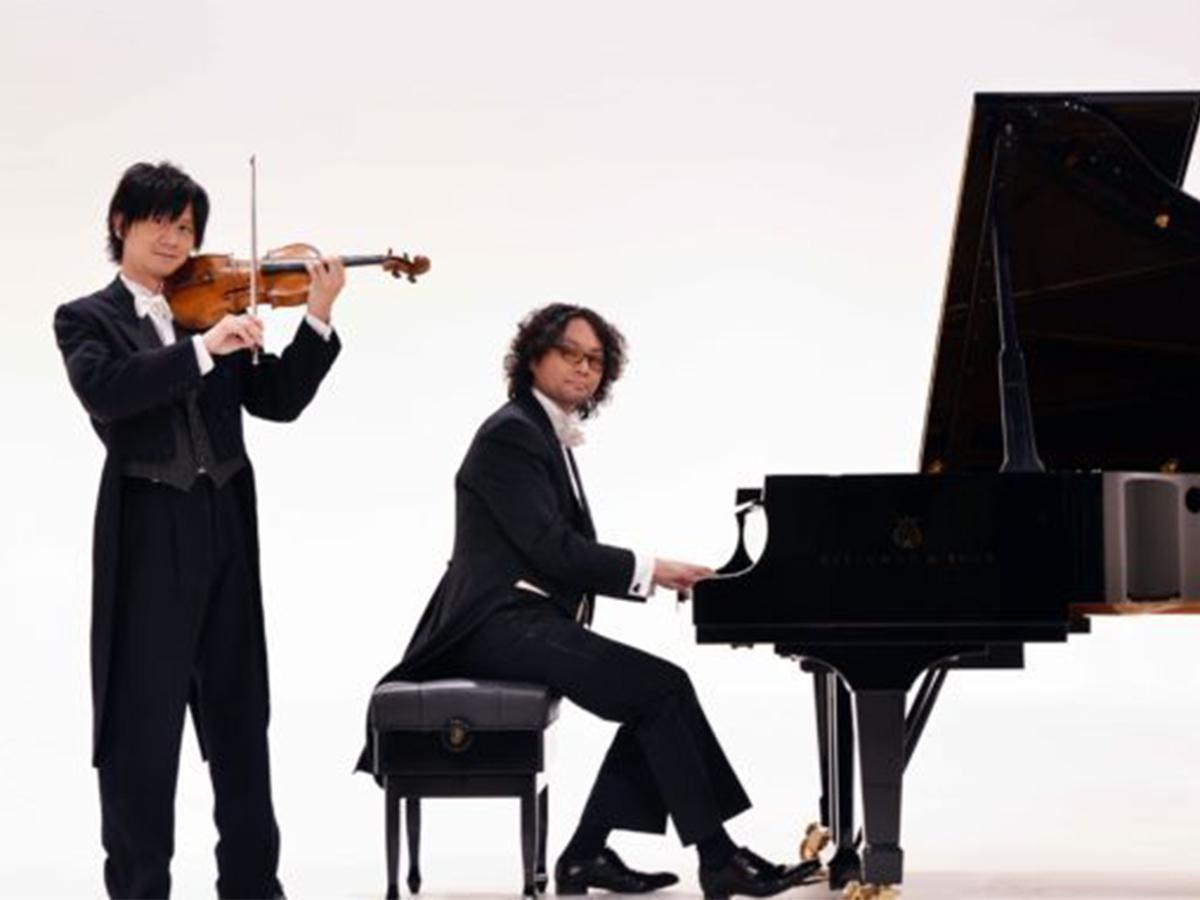バイオリンとピアノのデュオ「スギテツ」