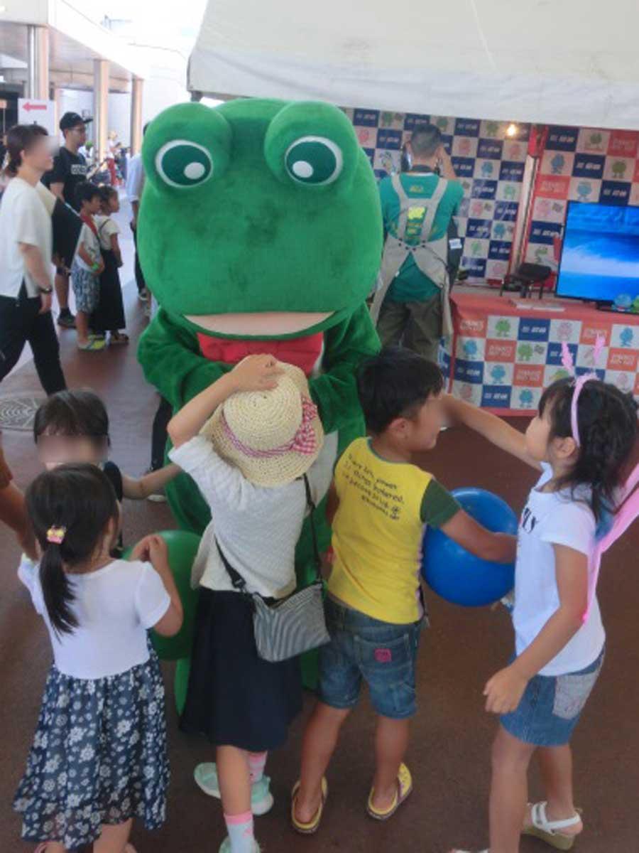 ボートレース尼崎マスコットキャラクター「センプルくん」は子どもに大人気