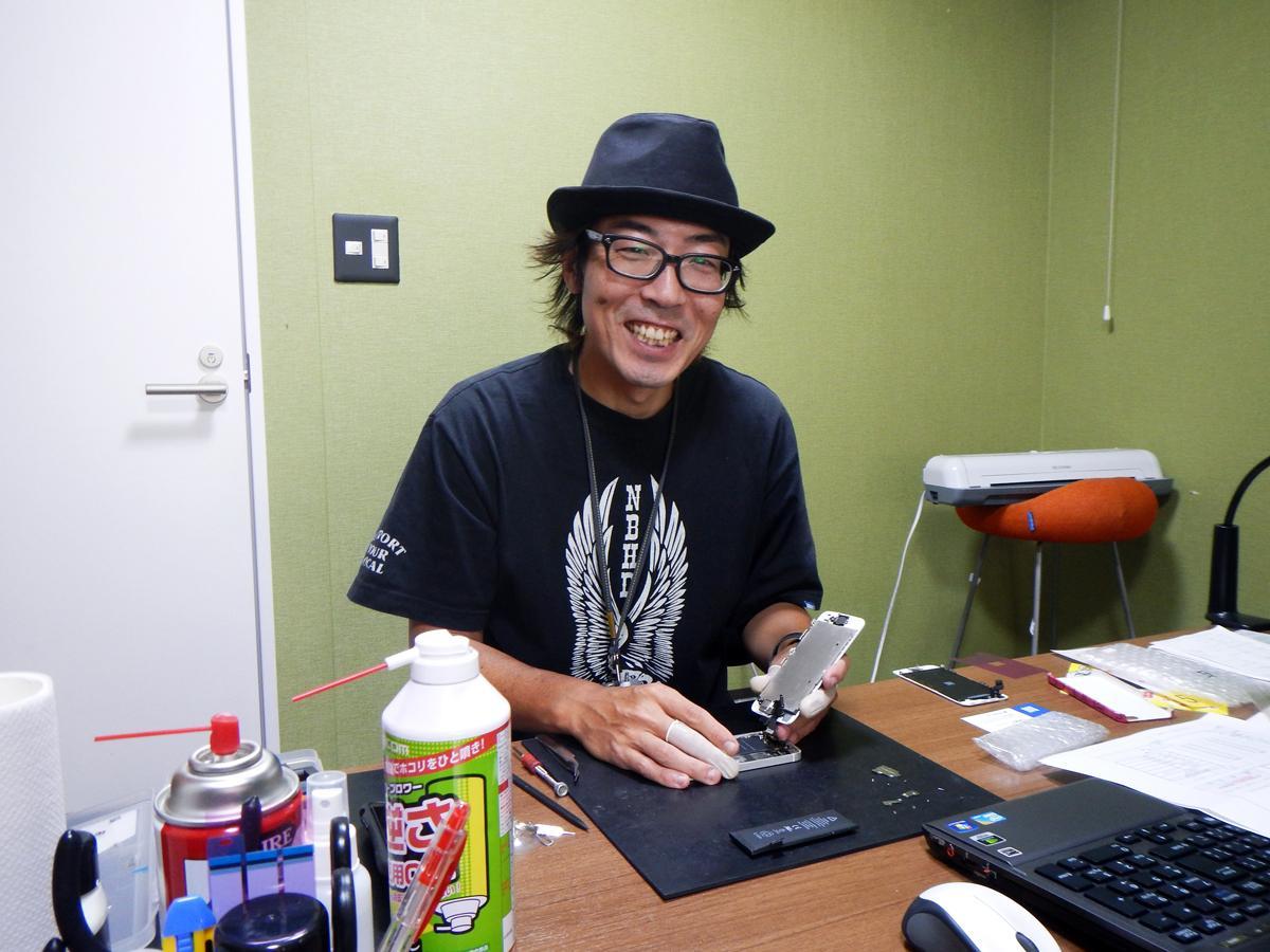 「患者さんに向き合う医者の気持ちで修理。気軽に相談を」と福田さん