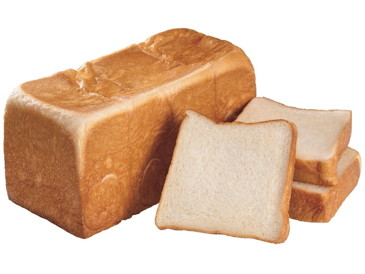 プレーン食パン「秘密の出逢い」は、やわらかくきめ細かい口当たり。「北海道産蜂蜜や奄美の黒糖、無添加生クリームが重なり合う『魅惑の甘み』が特徴。贈答用として購入する方も増えている」とオーナー