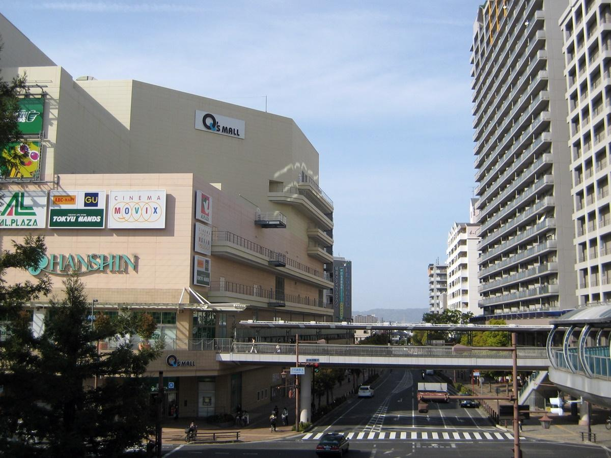 JR尼崎駅前にはキューズモールや商店街があり、マンションも多い。「尼崎はJRと阪神電車の2つの路線があるが、今回は『JR尼崎駅』との回答が多かった」と担当者